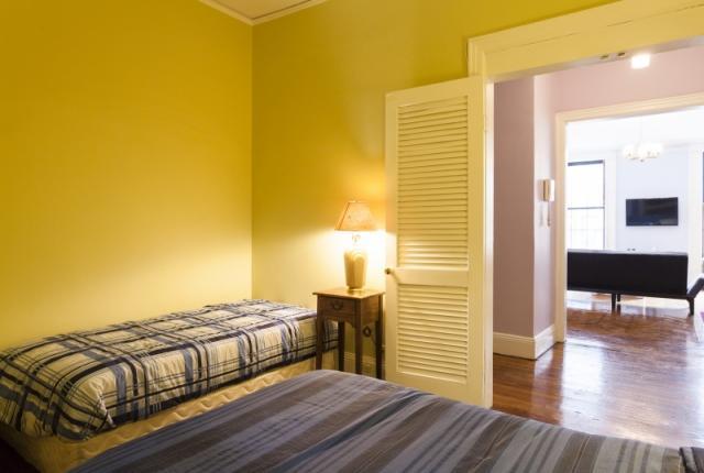 Huge Madison Avenue 1 Bedroom 1 Bathroom photo 53471